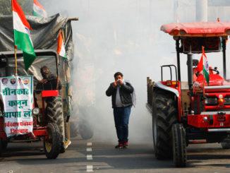 किसान आन्दोलनले दिल्ली तनावग्रस्त : गणतन्त्र दिवसका दिन किसान र प्रहरीबीच झडप